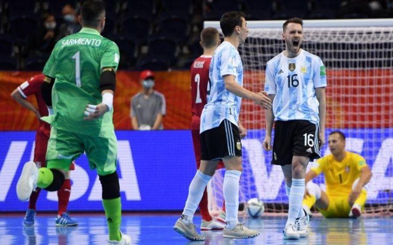 Argentina supera a Serbia y se asegura un lugar en los Octavos de Final