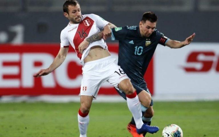 Argentina quiere seguir por la senda del triunfo y recibe a Perú buscando acercarse a Brasil